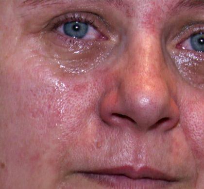 PORTRET de Eroină. Un copil se scurge încet sub ochii mai limpezi decât apa ai unei mame de gemeni